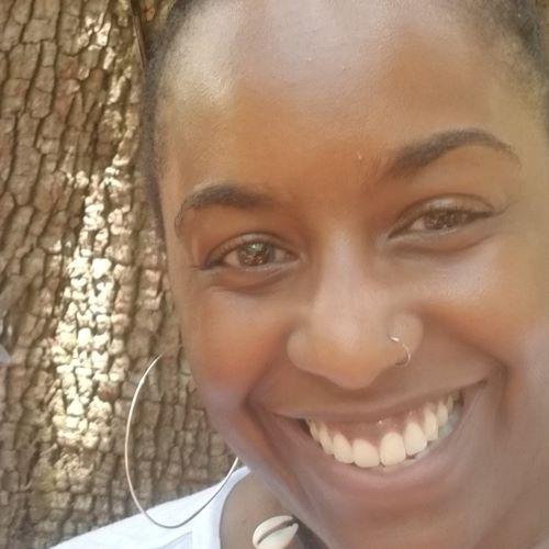 Headshot of Carolyn Lowery
